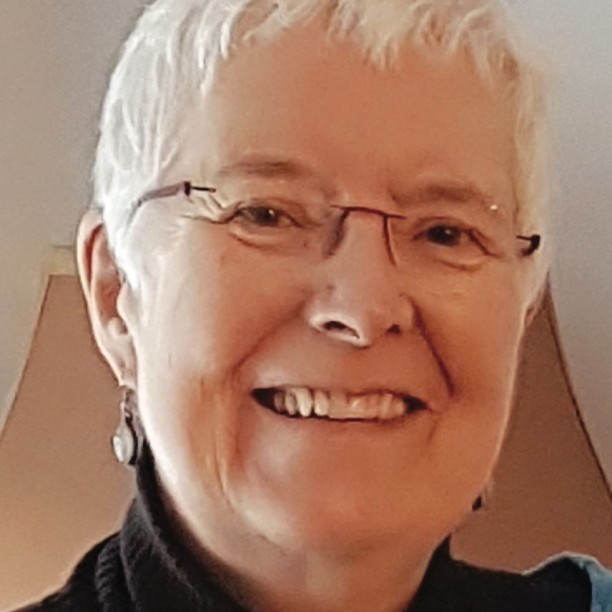 Mary Lee Bragg